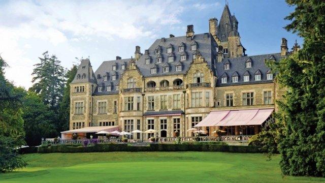 schlosshotel kronberg - Schlosshotel Kronberg: Britische Tradition und ein Picknick im Park