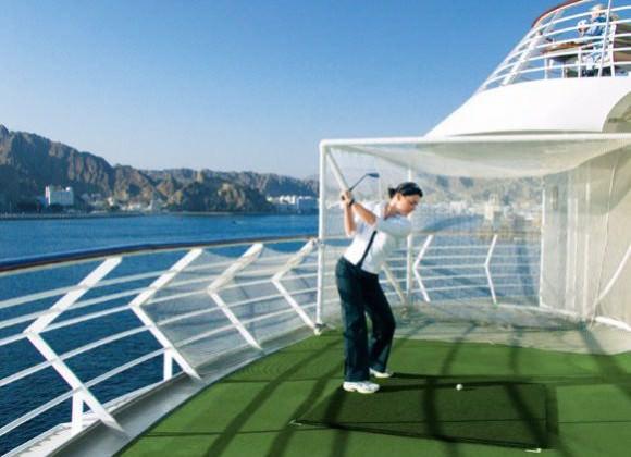 MS Europa Golf Foto Hapag-Lloyd Kreuzfahrten