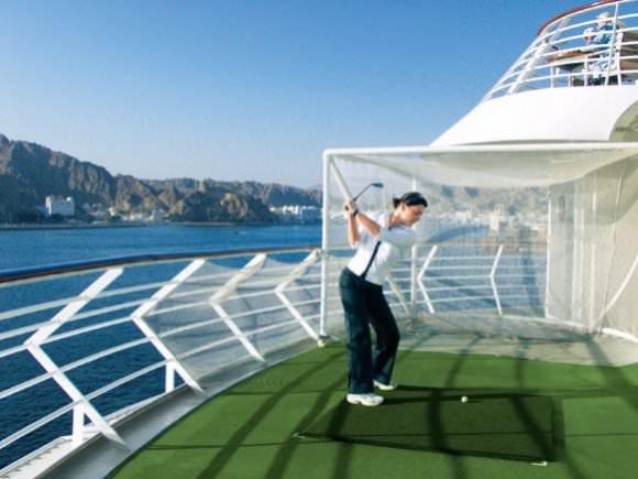 MS Europa Golf Foto Hapag Lloyd Kreuzfahrten - MS Europa & Europa 2: Exklusive Golfreisen