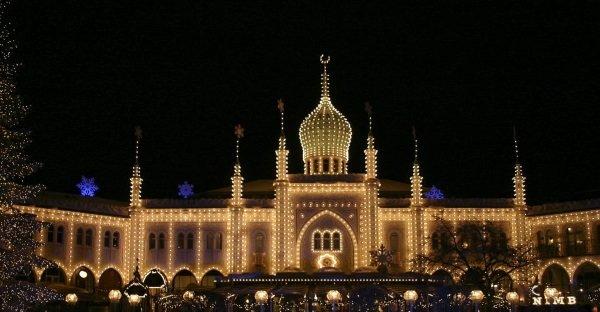 Nimb cc by wikimedia Smtunli - Luxushotel Nimb in Kopenhagen: Orientalischer Palast mitten im Tivoli