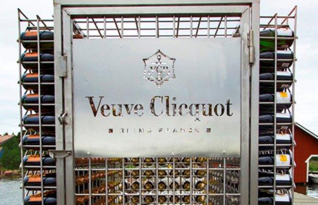 """veuve clicquot cellar in the sea - """"Cellar in the Sea"""": Veuve Clicquot lagert Champagner auf dem Meeresgrund"""