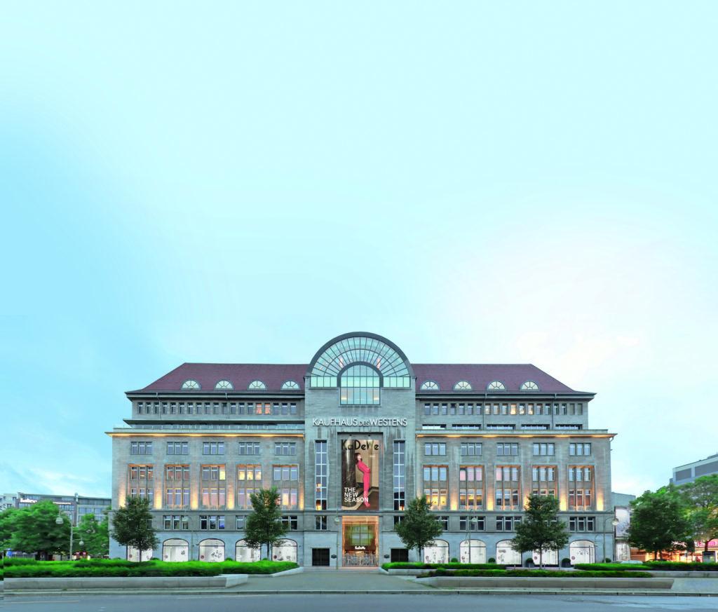 KaDeWe Berlin Fassade Wittenbergplatz Kaufhaus 1024x873 - Die 10 beliebtesten Shopping-Städte weltweit