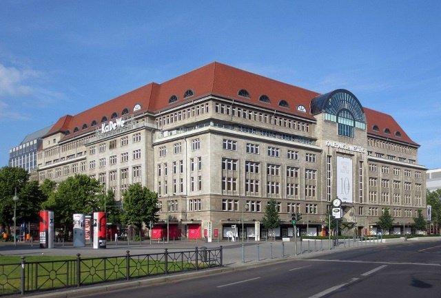 KaDeWe cc by wikimedia Beek100 - Neuer Karstadt-Eigner plant weitere Luxuskaufhäuser nach KaDeWe-Vorbild