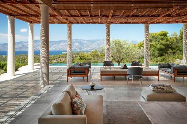 hotel amanzoe heli porto terrasse - Die exklusivsten Luxushotels Griechenlands