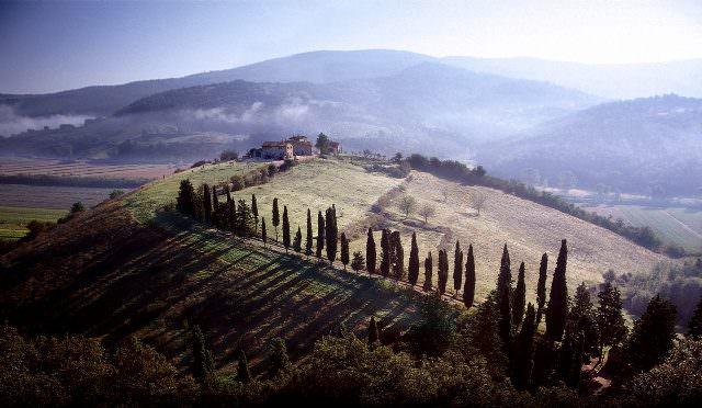 003f 640x372 - Kunst im Luxusanwesen - neue Ausstellung im Castello di Reschio