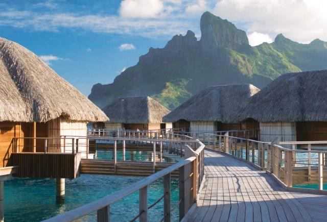 FPO BOR 067 640x435 - Wüsten-Luxus, azurblaues Meer & asiatische Eleganz - Luxushotel-Highlights weltweit
