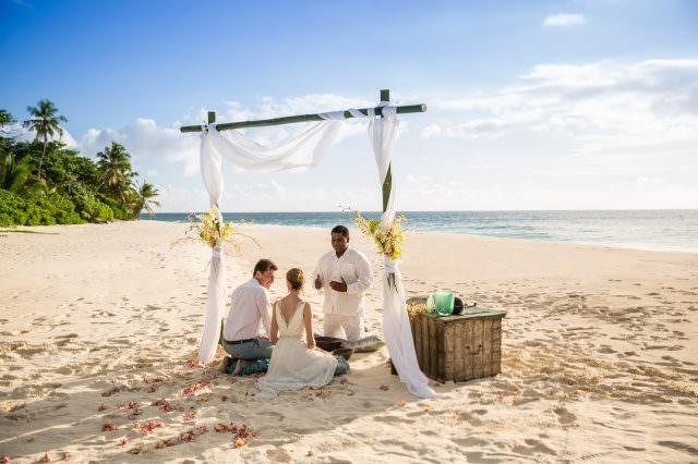 NI Weddings 16 1 640x426 - Honeymoon & Wedding - die schönsten Luxus-Destinationen Teil 1