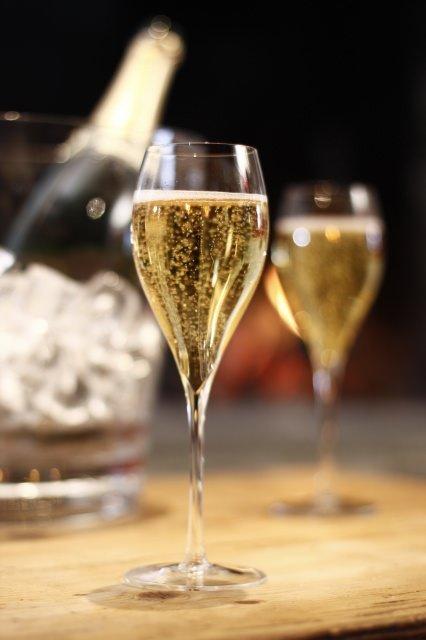THOMAS Pierre - Gourmet-Trend - Champagner-Boom in Deutschland & Österreich