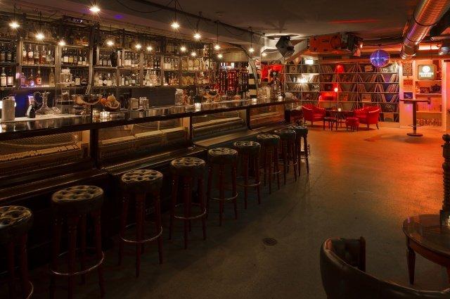 Widder Garage Bar 8466 Print - Widder Garage - luxuriöse It-Bar in Zürich mit neuer Pop Up-Location