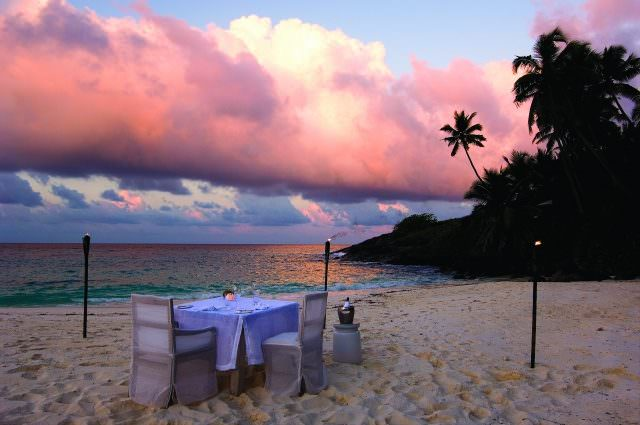 n.island027 640x425 - Honeymoon & Wedding - die schönsten Luxus-Destinationen Teil 2