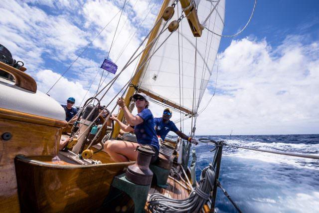 ANTIGUA CLASSIC YACHT 2017 OFFICINE PANERAI 10 1535267 640x427 - 30. Antigua Classic Yacht Regatta – die Gewinner-Yachten