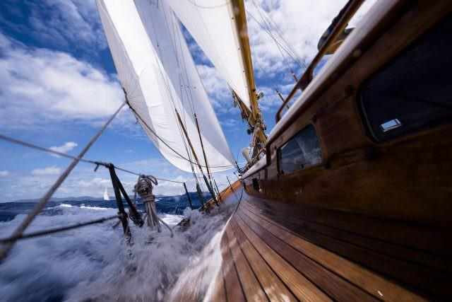 ANTIGUA CLASSIC YACHT 2017 OFFICINE PANERAI 9 1535266 640x427 - 30. Antigua Classic Yacht Regatta – die Gewinner-Yachten