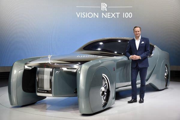 P90223867 lowRes giles taylor directo - Luxus pur - der neue Rolls-Royce Next 100