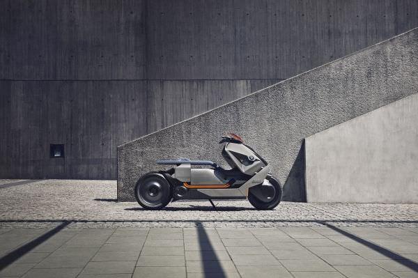 P90260577 lowRes bmw motorrad concept - BMW Motorrad Concept Link – neue Luxus-Technik