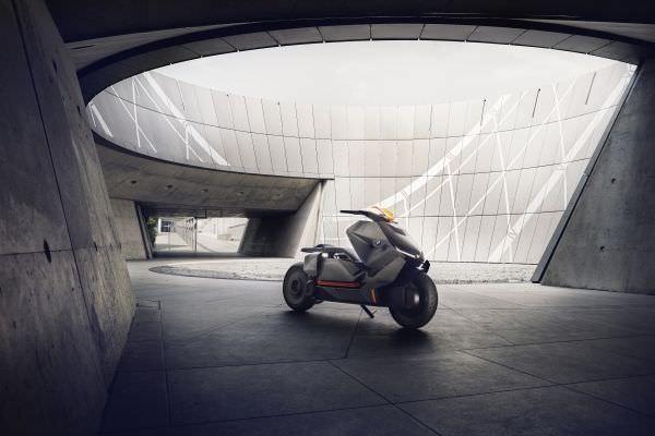 P90260578 lowRes bmw motorrad concept - BMW Motorrad Concept Link – neue Luxus-Technik