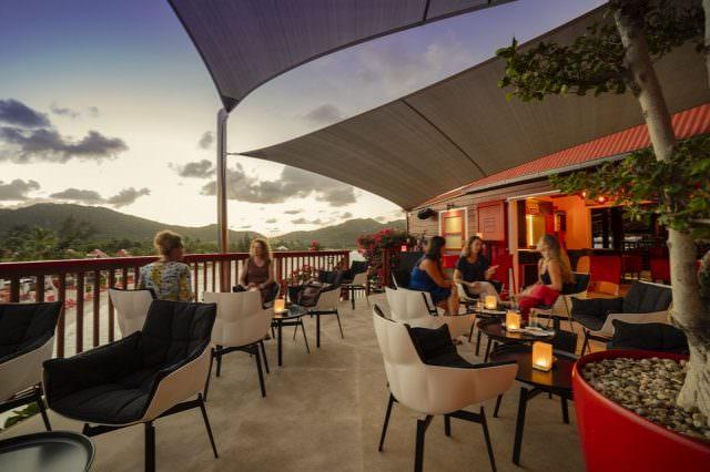 Rock Bar 2061 640x426 - Eden Rock Bar auf St Barths – so geht der neue Signature Cocktail