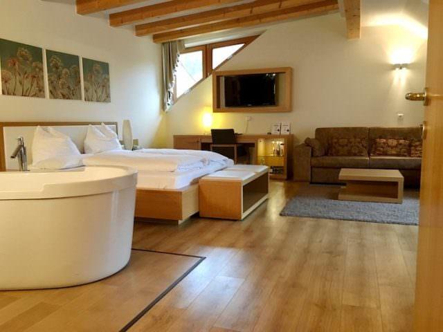Lanerhof winkler hotel pustertal Suedtirol wellness urlaub familienhotel test kronplatz outdoor berge 012 familien zimmer 640x480 - Der Lanerhof - Wellness, Gourmet & Sport in Südtirol