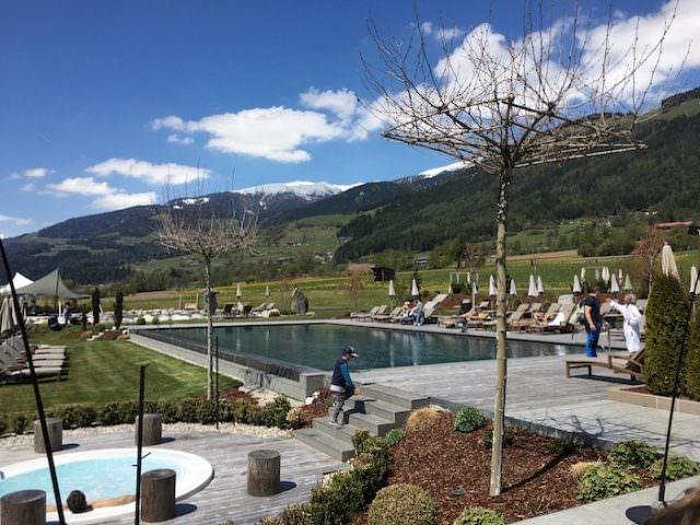 Sonnenhof winkler hotel pustertal Suedtirol wellness urlaub familienhotel test kronplatz outdoor berge 012 pool 98 640x480 - Der Lanerhof - Wellness, Gourmet & Sport in Südtirol