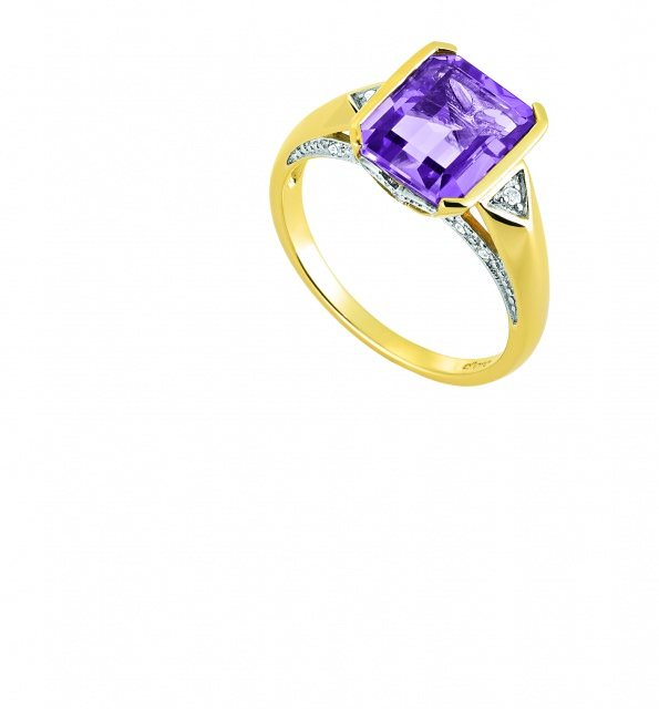 Ring € 549– Gelbgold 585 mit Diamanten Amethyst - Perfekt gestylt in die Ballsaison