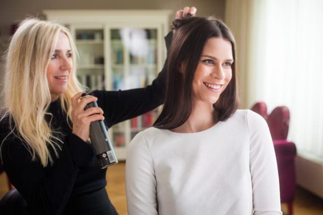Uler Private Hairdressing c Philipp Lipiarski 640x426 - Perfekt gestylt in die Ballsaison