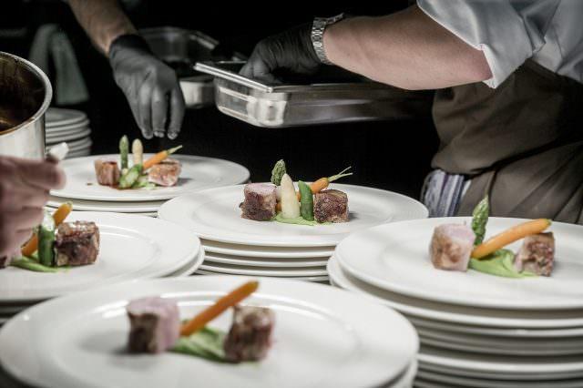 Gourmetgenüsse 2 640x426 - Wein-Genuss & Ski auf Luxus-Niveau