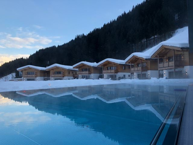 Feuerstein Family Resort Brenner pool - Feuerstein Family Resort am Brenner in Südtirol - Entspannter Luxus