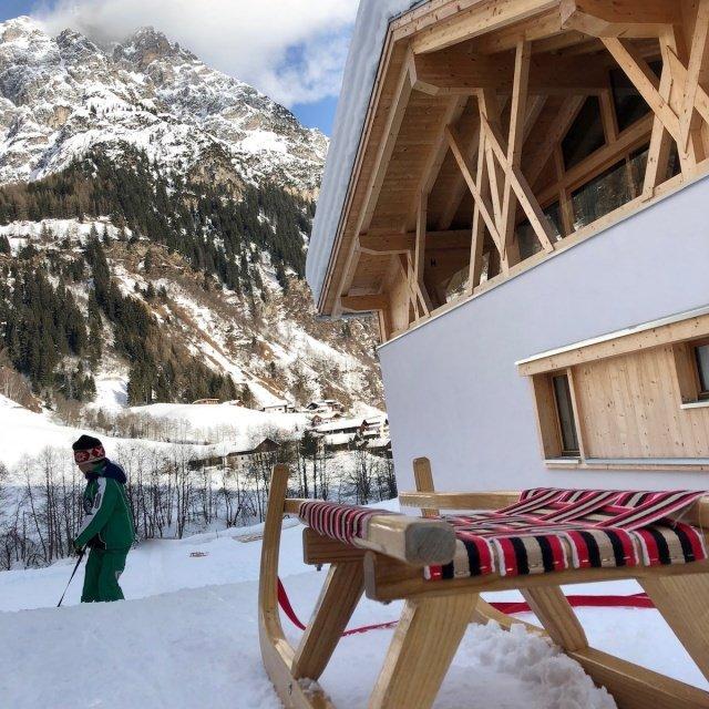 Feuerstein Family Resort Brenner schlitten - Feuerstein Family Resort am Brenner in Südtirol - Entspannter Luxus