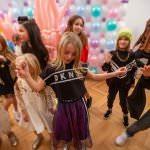Designer Kindermode Kinderbekleidung KidsFashionShow 6 150x150 - Designer-Kinderkleidung bei der Prisco Project Kids Kindermodenschau in München