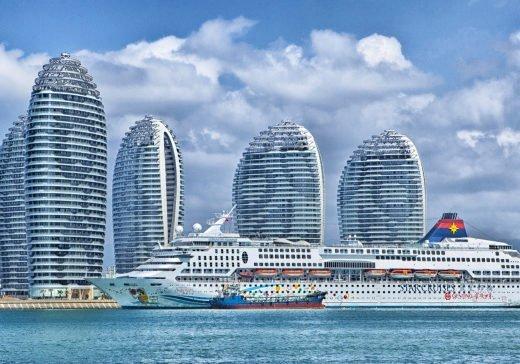 kreuzfahrtschiff 520x364 - Kreuzfahrtschiffe bieten viel Abwechslung