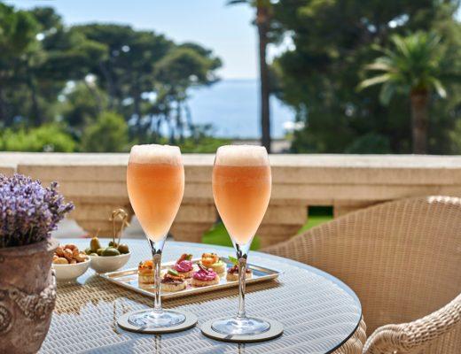 bellini 520x400 - Die Lieblings-Cocktails der besten Luxushotels für zu Hause