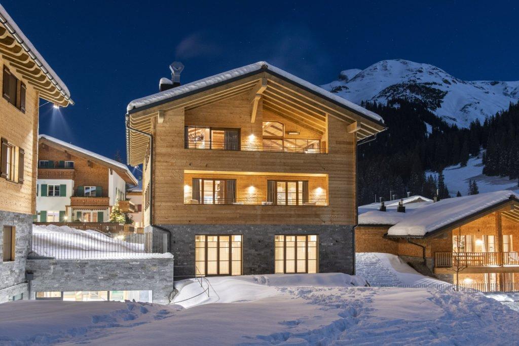 Chalech S Bramble Ski © Yves Garneau 12 1024x683 - Kontaktloser Service im Ski-Urlaub – die 5 schönsten Luxus-Chalets im Schnee