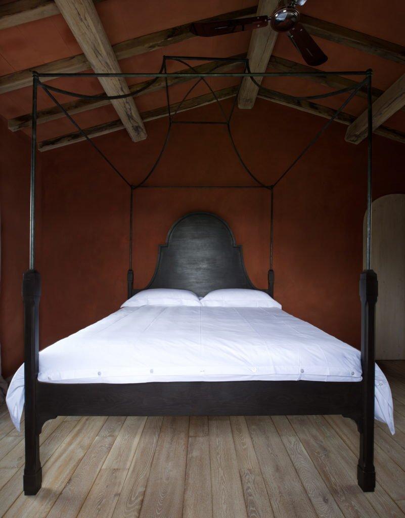 Empire high Back Bed 001 801x1024 - Italienisches Luxus-Interior wie im Hotel - B.B. for Reschio