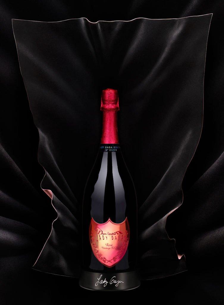 Lady Gaga Dom Perignon Skulptur 753x1024 - Dom Pérignon & Lady Gaga: Neue Champagner-Koop