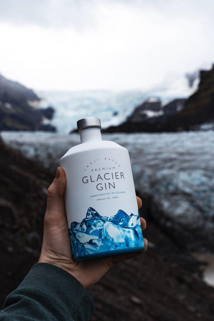 """Glacier Gin Islandic Gin 700ml Ice Land 7 683x1024 - Glacier Gin von Rúrik Gíslason: """"Let's Dance""""-Finalist mit eigener Gin-Marke"""
