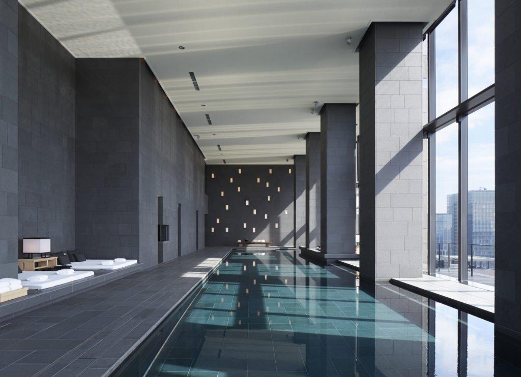 Aman Tokyo Japan Aman Spa Swimming Pool High Res 1021 1024x742 - Immun-Retreats: Ein Reisetrend für Körper & Seele