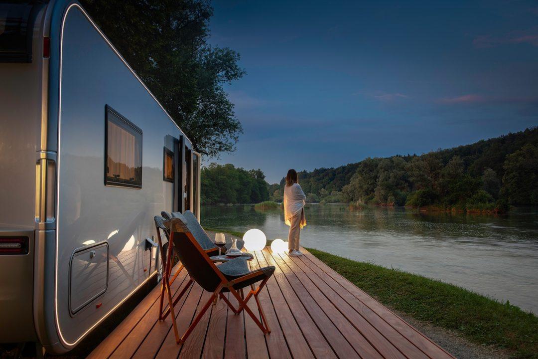 Astella Luxus Caravan 1080x720 - Immer unterwegs: Caravans aus dem Luxus-Segment