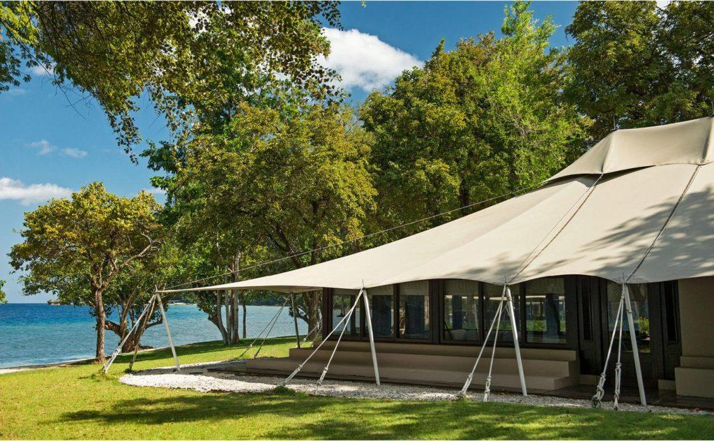 Ocean Tent Amanwana Indonesia 1 1024x632 - Glamping – die luxuriöse Art zu Zelten
