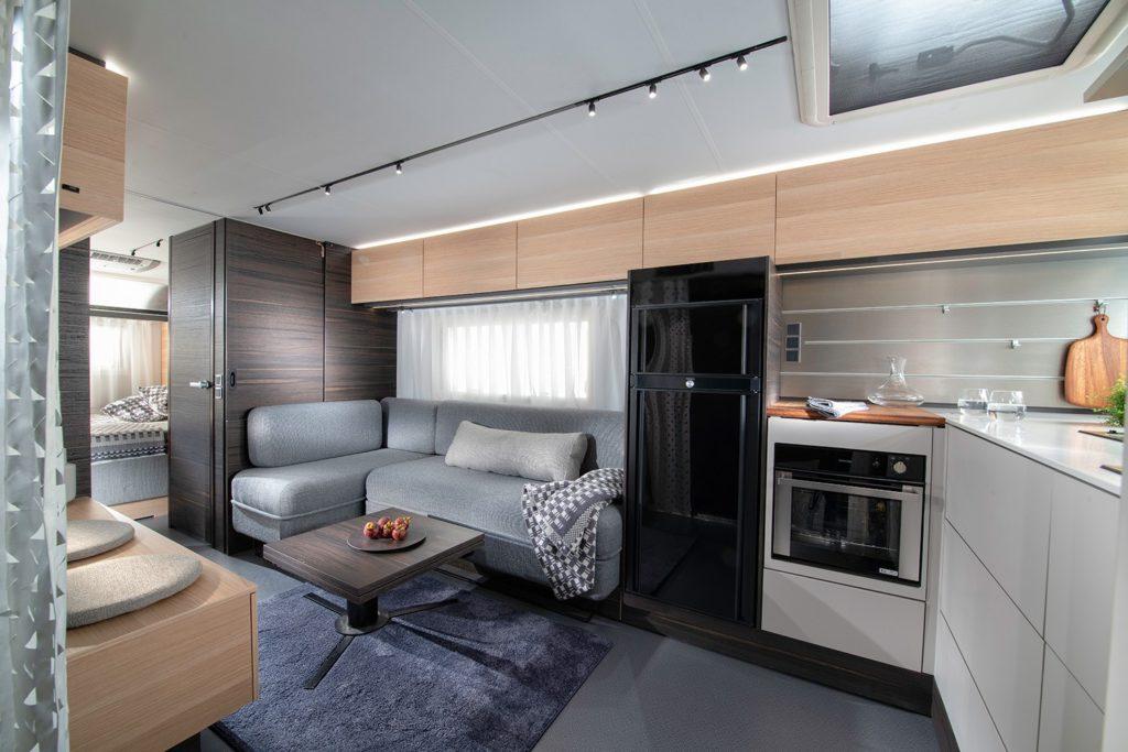 hPxubMXufs4X0sdl9r38PSE3KPv2fRB9WoaDvgtS 1024x683 - Immer unterwegs: Caravans aus dem Luxus-Segment