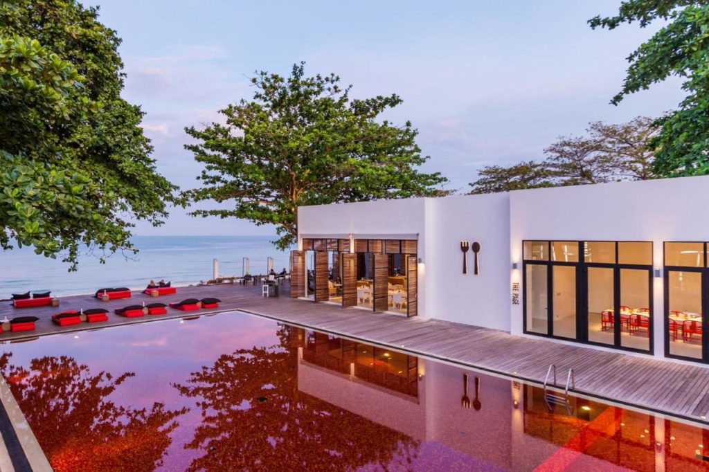 The Library Hotel Koh Samui Pool 2bookingcom 1024x682 - Die spektakulärsten Pools der Welt