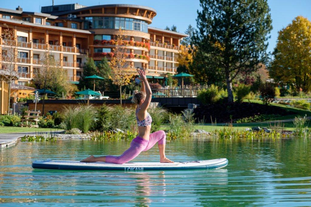 aktiv sup yoga © Sonnenalp Resort 1024x683 - Die 3 besten Hotels für Aktive