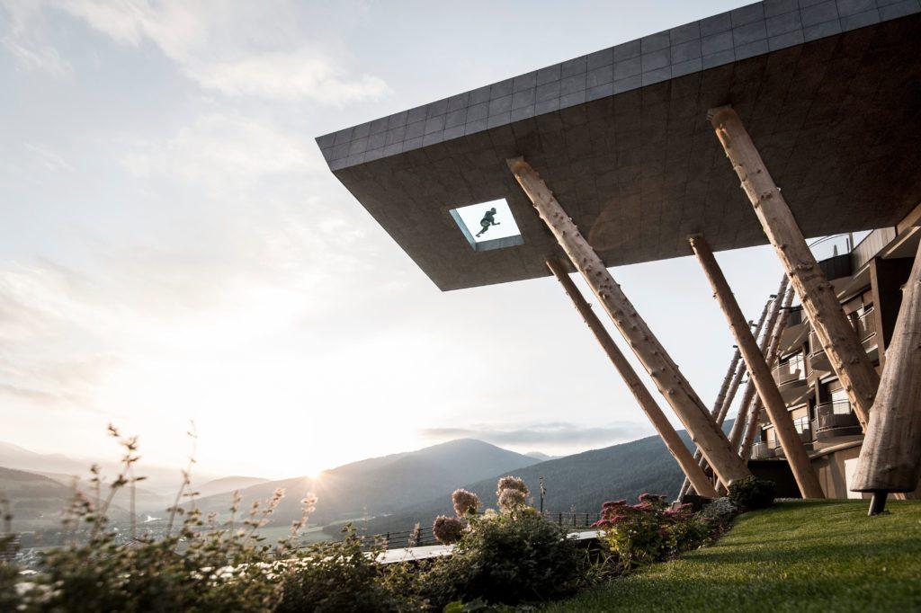 alpin panorama hotel hubertus suedtirol italien2 1024x682 - Die spektakulärsten Pools der Welt