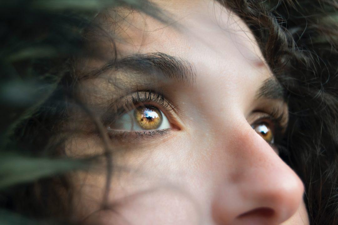 anti aging augenpartie 1080x720 - Anti-Aging-Tipps - so wirkt die Augenpartie frisch und jung