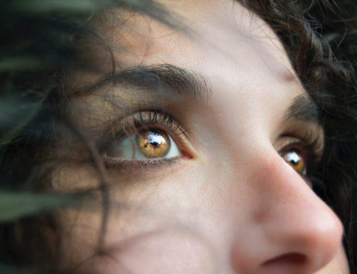 anti aging augenpartie 520x400 - Anti-Aging-Tipps - so wirkt die Augenpartie frisch und jung