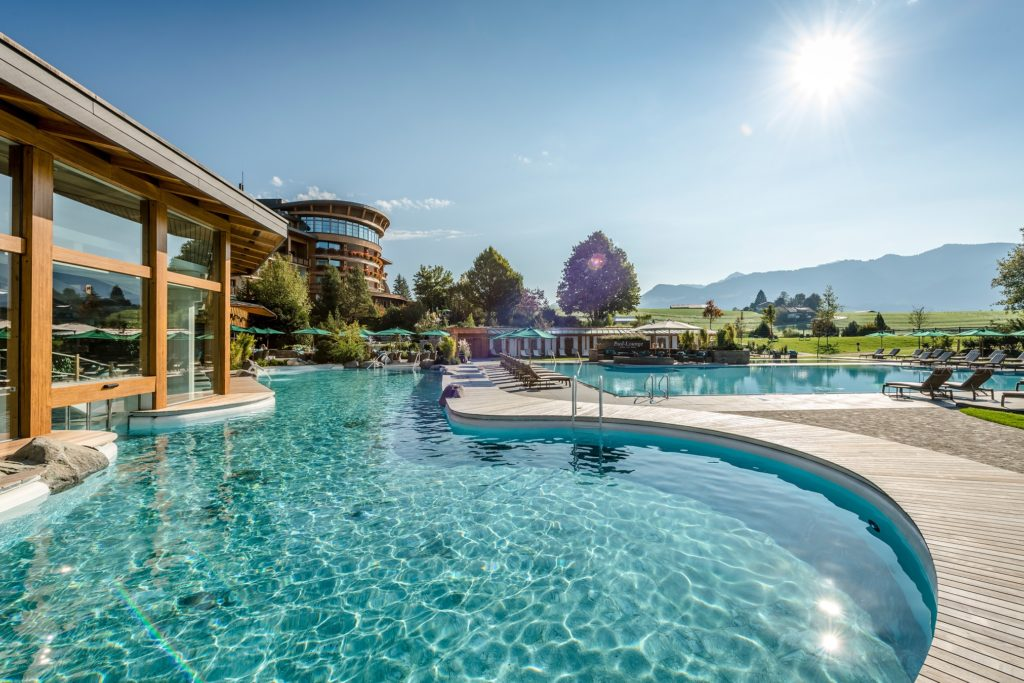 wellness wellness park 3 © Sonnenalp Resort 1024x683 - Die 3 besten Hotels für Aktive