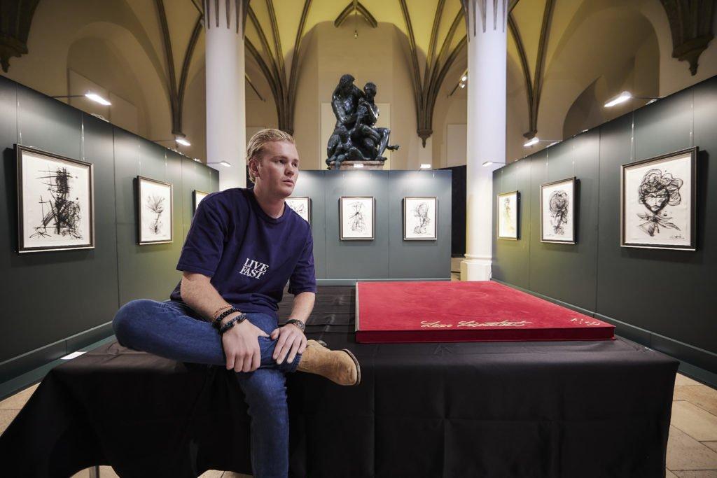 """2108 LL Nationalmuseum Muenchen Adrian Bedoy V5A0984 1024x683 - Leon Löwentraut: Ausstellung """"Leonismo"""" in München"""