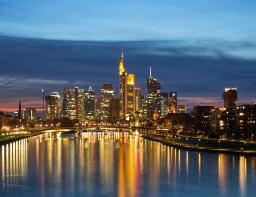 bars nachtleben frankfurt am main 520x400 - Die 5 besten Bars in Frankfurt am Main