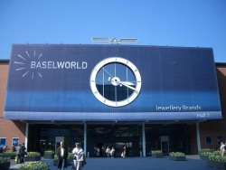 Baselworld by wikimedia Wladyslaw - Baselworld 2012: Die Luxusuhren-Trends der Messe