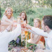Oktoberfest 2019: Neue Dirndl-Trends und fescher Trachtenschmuck